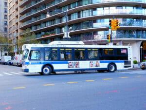 bus new york 2