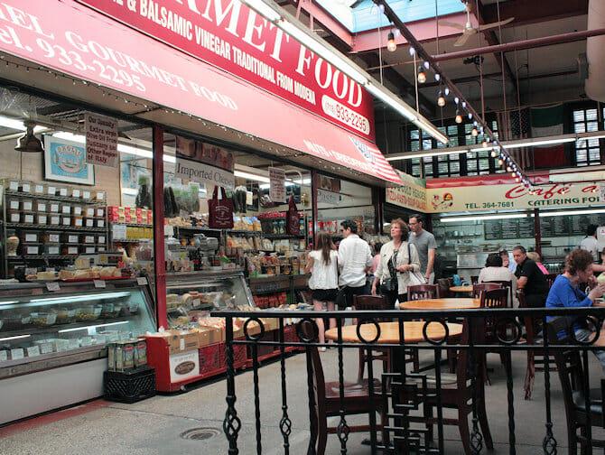 뉴욕 브롱크스 - 리틀 이탈리아 마켓