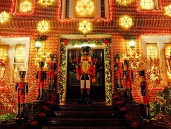 뉴욕 크리스마스 시즌 - 다이커 하이츠 크리스마스 장식