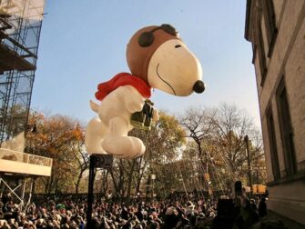 뉴욕의 추수감사절 - 메이시 추수감사절 퍼레이드