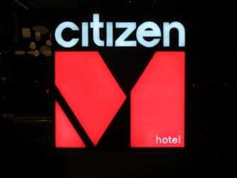 시티즌M 호텔 - 로고