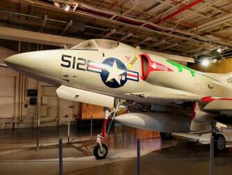 뉴욕 인트레피드 해양항공우주박물관