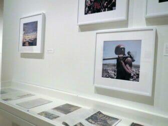 뉴욕 국제 사진센터 - 전시