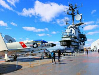 미국 재향군인의 날 - 인트레피드 박물관