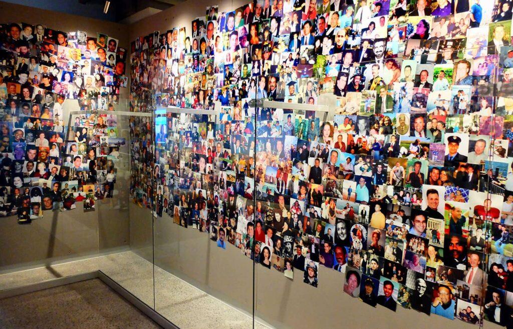 뉴욕 911 트리뷰트 박물관 - 포토월