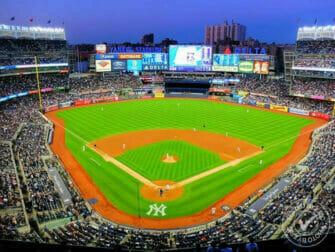 뉴욕 브롱크스 - 뉴욕 양키스