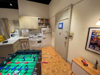뉴욕 프렌즈 익스피리언스 - 첸들러와 조이의 아파트