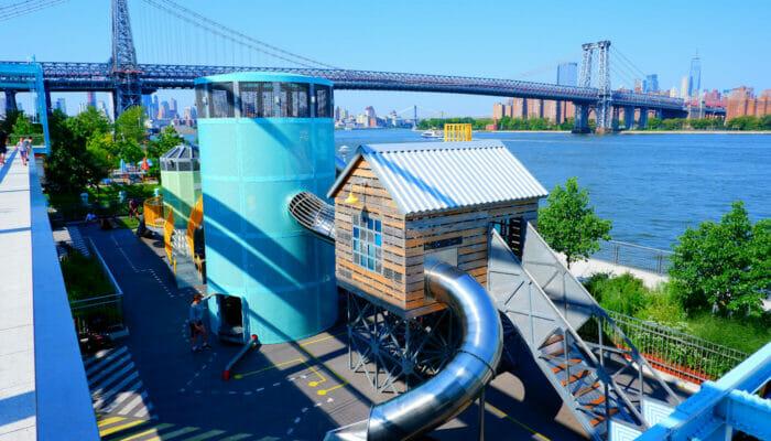 뉴욕의 놀이터 - 도미노 파크